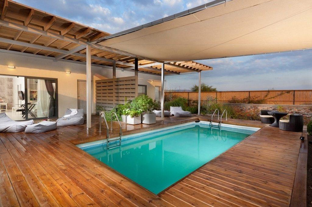 amenajare-exterioara-moderna-piscina-min