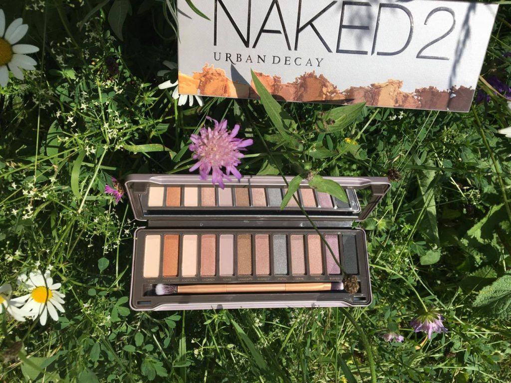 Naked2_4-min