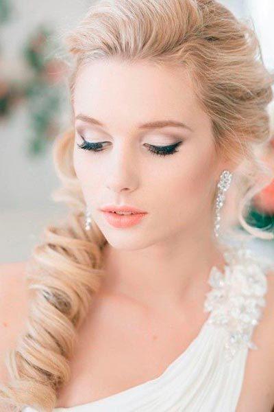 lips-weddingsevecom-min
