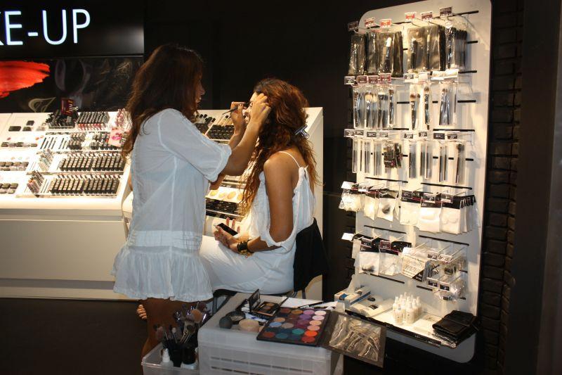 claudia-pavel-are-make-up-artist-personal-pe-sora-ei-2-min
