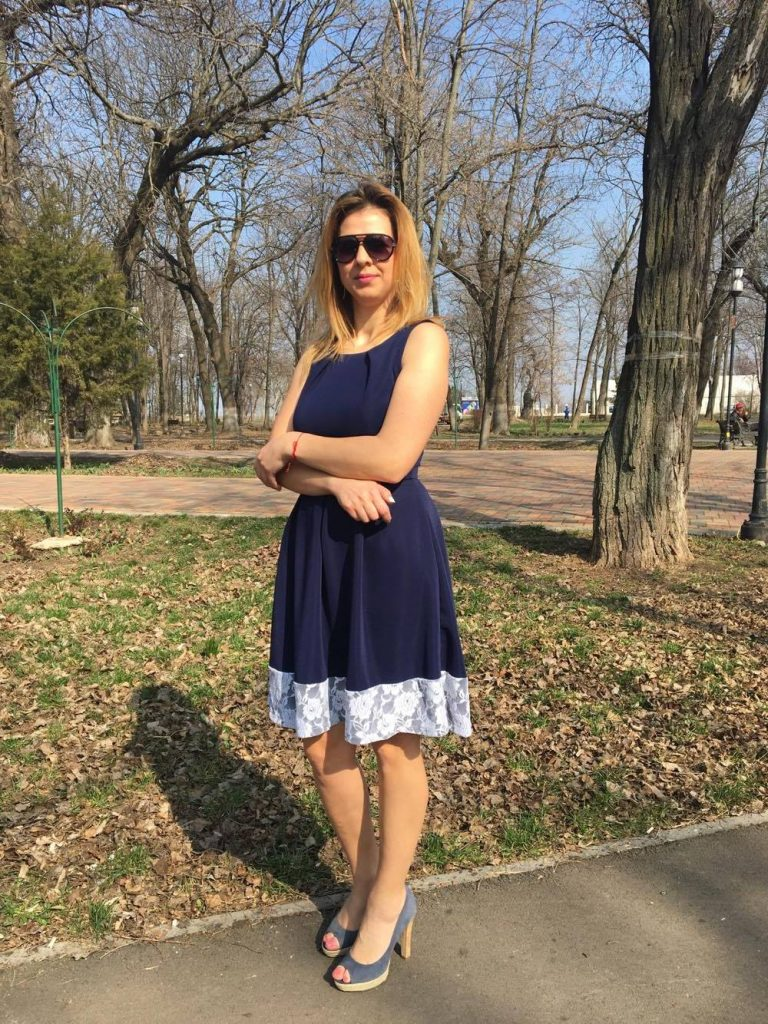 rochie-albastra-min