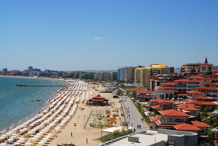 sunny-beach-min