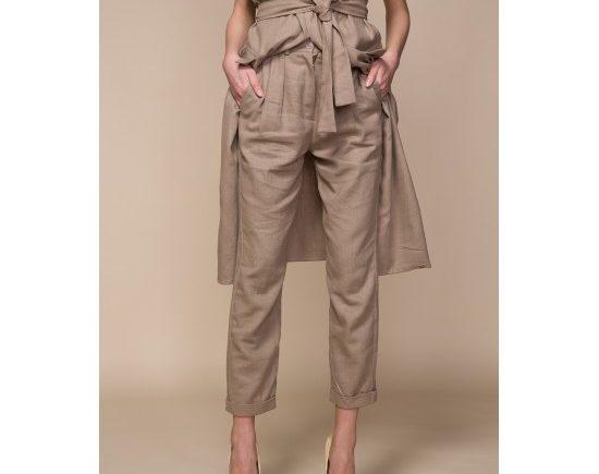 pantaloni-versatili-cu-buzunare-min