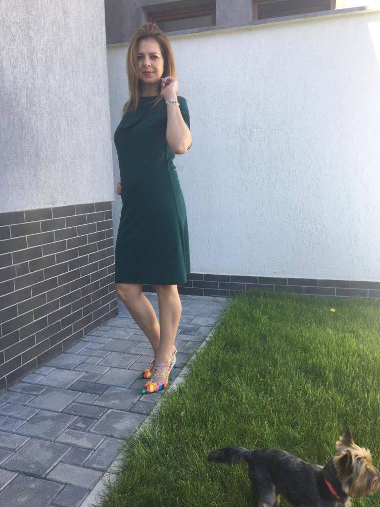 karla-rochie-verde-min