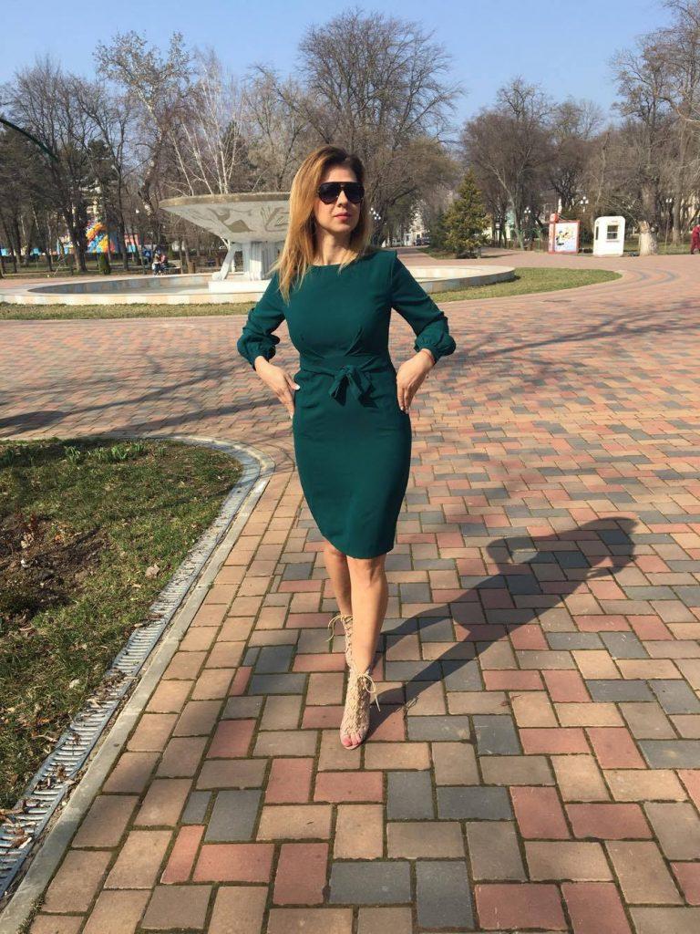 rochie-dreapta-verde-min