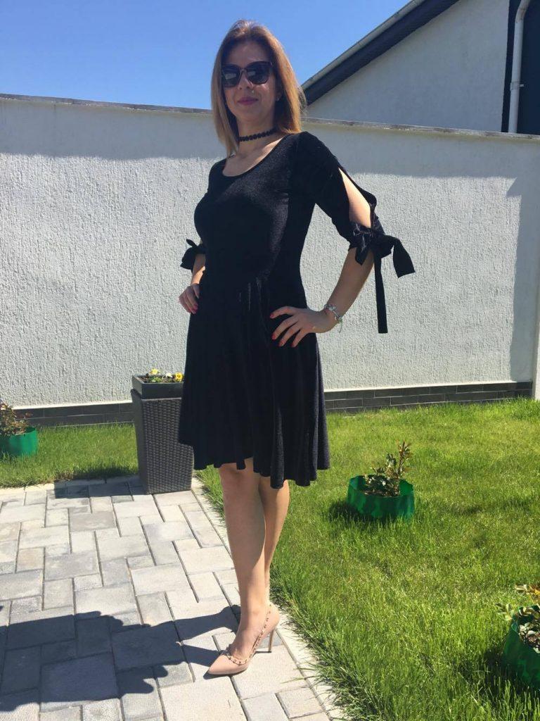rochie-neagra-karla-min